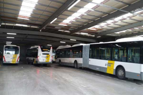 Tube-led-terminal-de-bus
